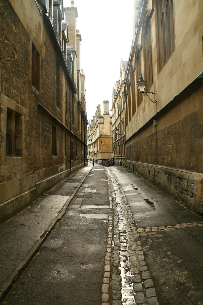 Lane in Oxford: By Doc Searls (Flickr)