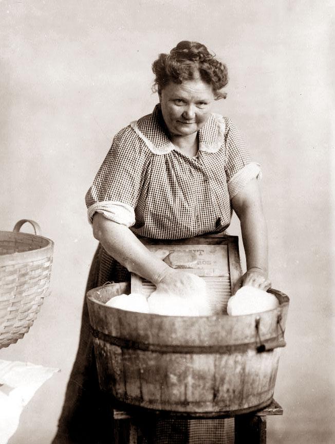 Woman-wash-tub