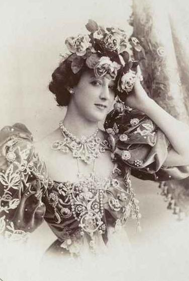 La Belle Otero, circa 1880.