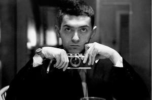 Self-portrait Stanley Kubrick with Leica III, 1949, wikicom.