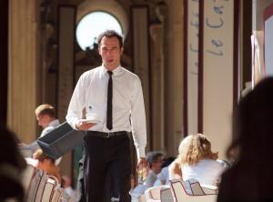Waiter at Marly, Sultanette fave Paris haunt, Zoetnet.